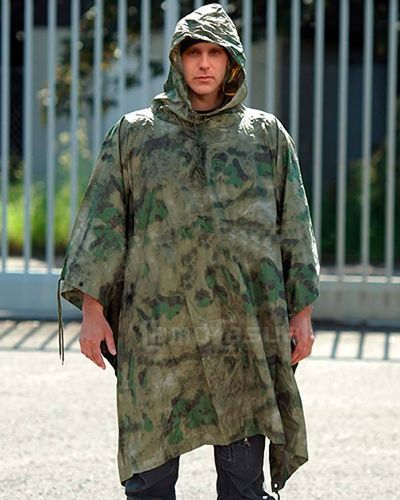 Poncho Ripstop camuflaje MIL-ATACS FG Miltec impermeable